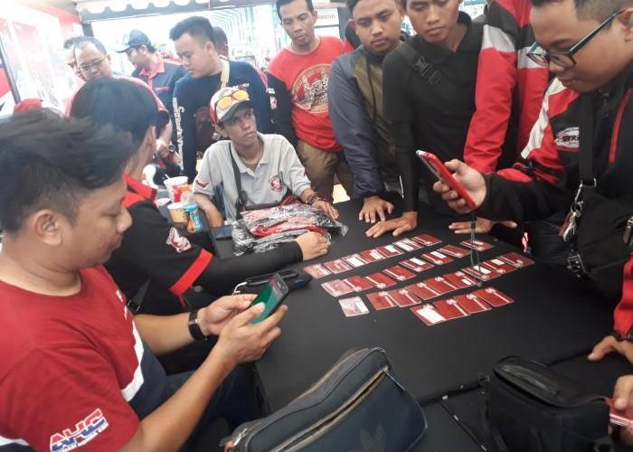Antrian Tapp-in HCID Di Padati Para Biker's AHJ Di ICE DAY 2018.