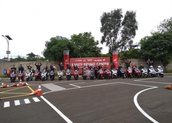 HPCI Chapter Jakarta, Depok dan Tangerang Menggelar Pelatihan Safety Riding.