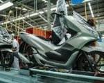Honda PCX Makin Tambah Elegan Adanya Warna Silver
