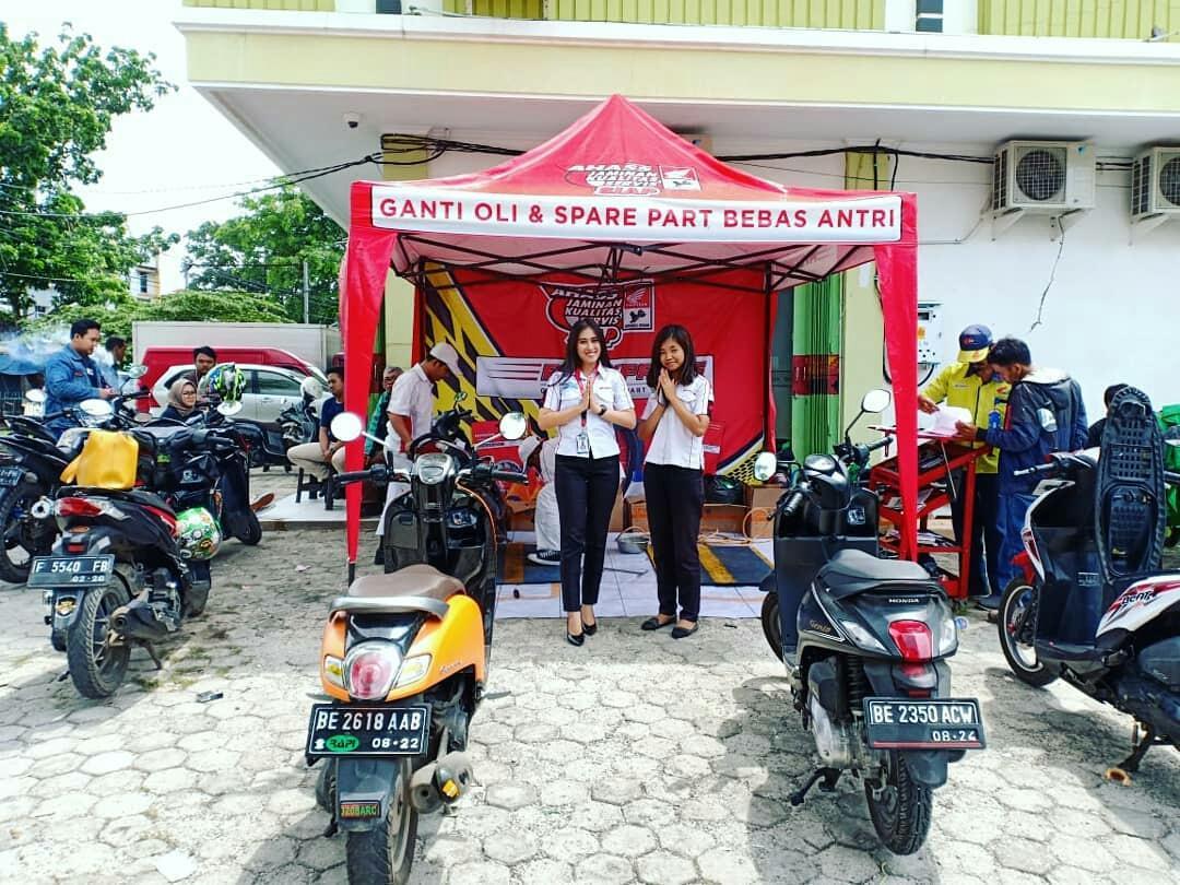 Honda Community Tdm Gelar Service Hemat Di Sman 9 Bandar Lampung